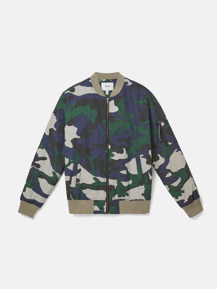 THE CAMO BOMBER padded jacket